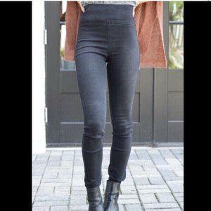 $295 Level 99 Women's Blue Stretch Denim Skinny Je